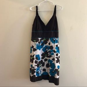 Size 2X Taboo Floral Brown, Blue, and Green dress